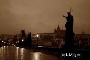 Morgendämmerung in Prag